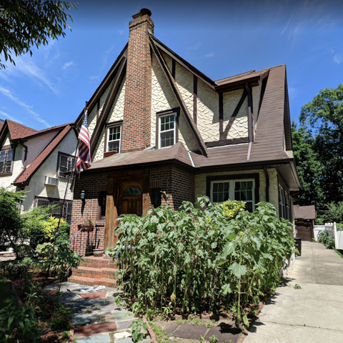 Donald Trump Childhood Home For Sale in Queens, New York