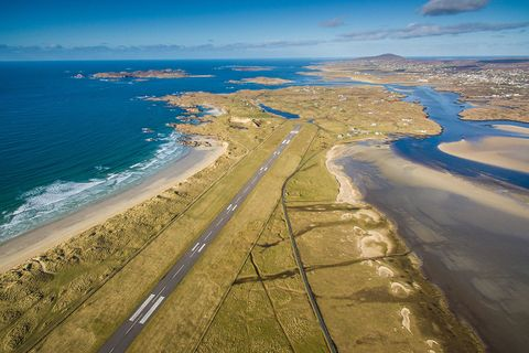 Donegal airport landing