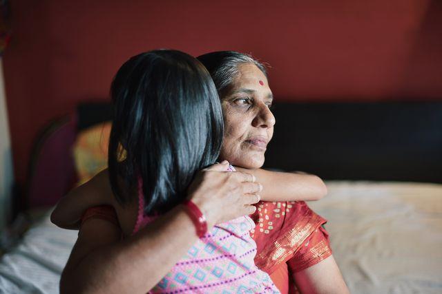donne isolate nella foresta durante le mestruazioni succede in india