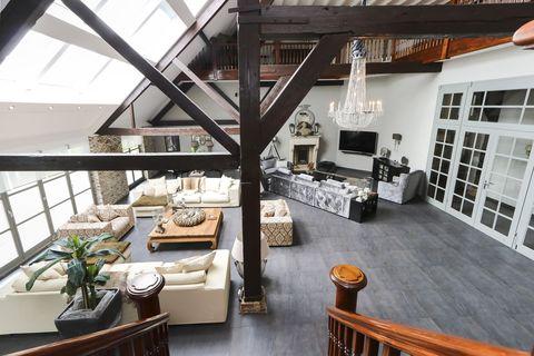 Property, Building, Room, Loft, Interior design, House, Living room, Architecture, Real estate, Floor,