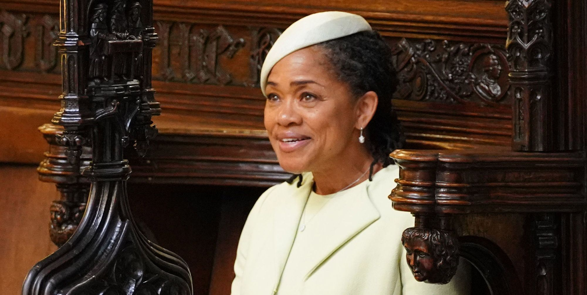 why did meghan markles mother doria ragland sit alone in