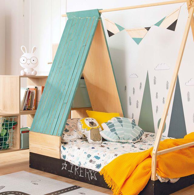 Dormitorio infantil con camita tipo casa