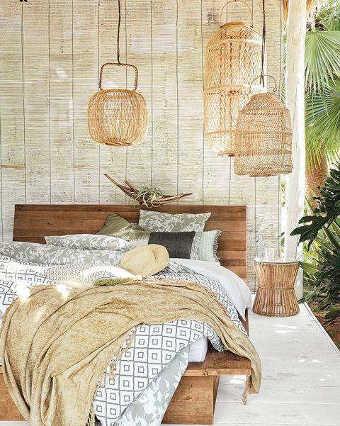 Lámparas de fibra en el dormitorio