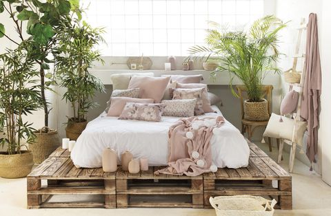 dormitorio moderno cama con palés