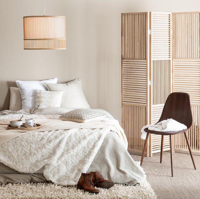 Dormitorio con decoración de otoño 2019