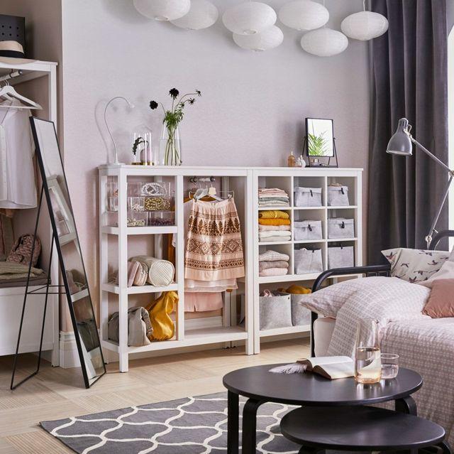 dormitorio vestidor con espejo de pie