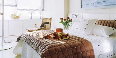 Bedroom, Furniture, Room, Bed, Interior design, Property, Bed frame, Bed sheet, Bedding, Wall,