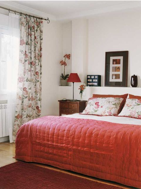 Bedroom, Bed, Furniture, Room, Bed sheet, Interior design, Mattress, Bed frame, Curtain, Bedding,
