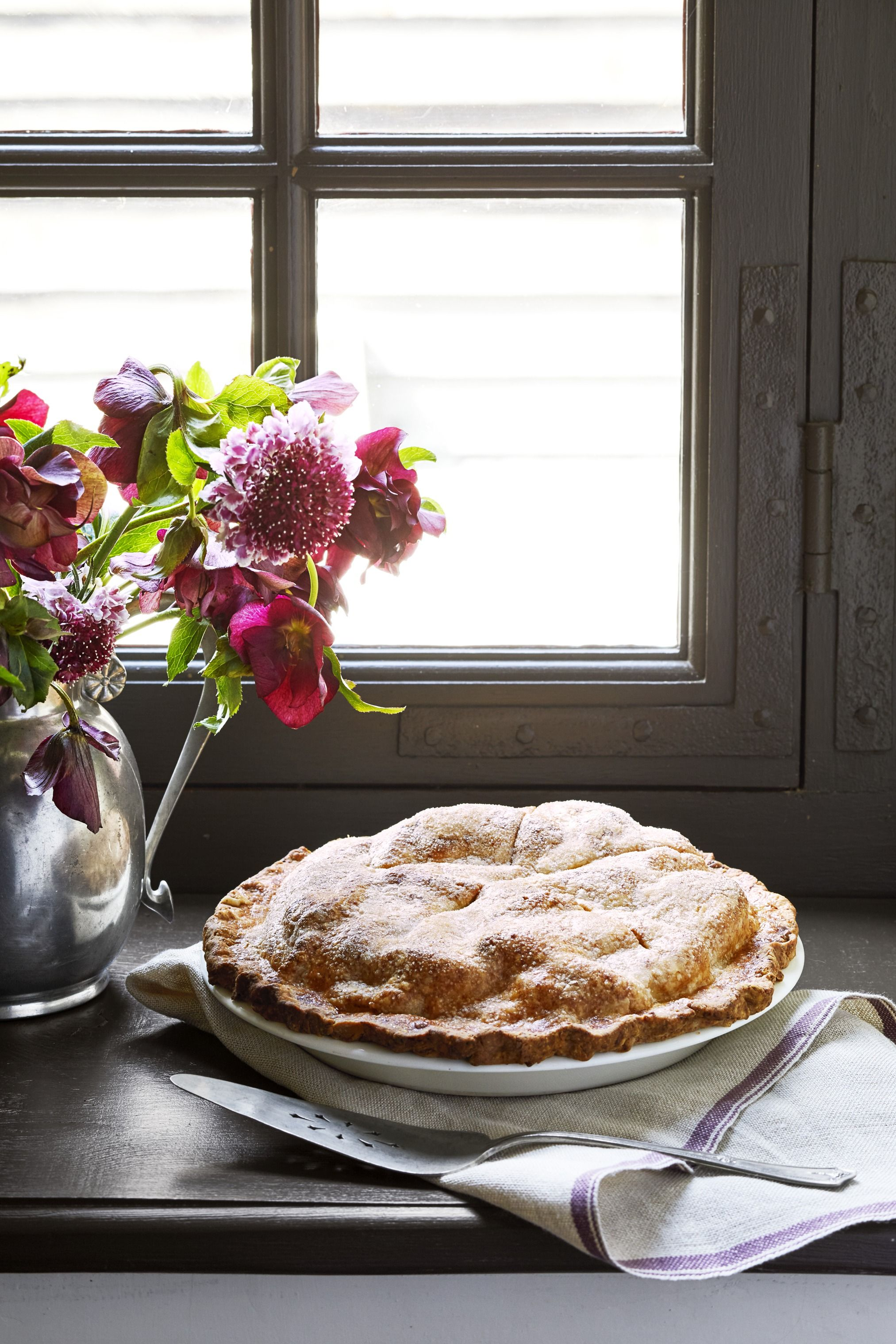 Nancy Fuller's Double-Crust Apple-Cheddar Pie