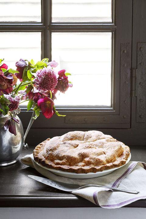 apple cheddar pie thanksgiving potluck ideas