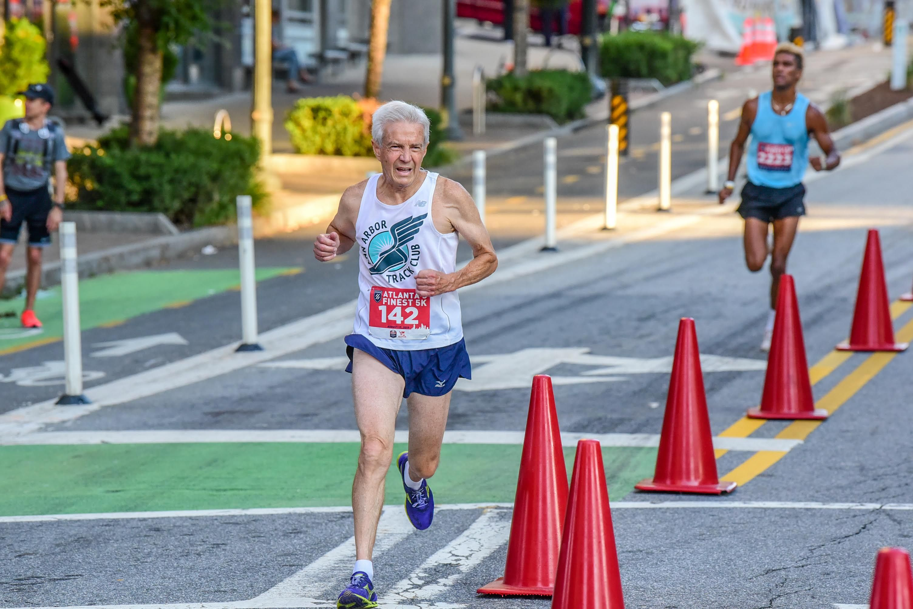 Training Tips From the Man Running Sub-7:00s at Age 77