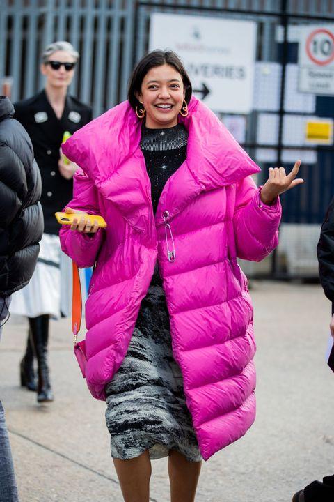 Pink, Street fashion, Clothing, People, Fashion, Fur, Outerwear, Magenta, Coat, Snapshot,