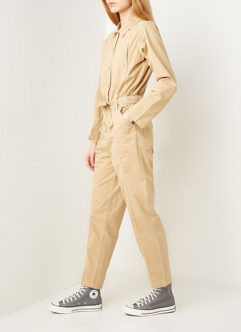 Clothing, Khaki, Beige, Outerwear, Sleeve, Neck, Trousers, Pocket, Waist, Photo shoot,
