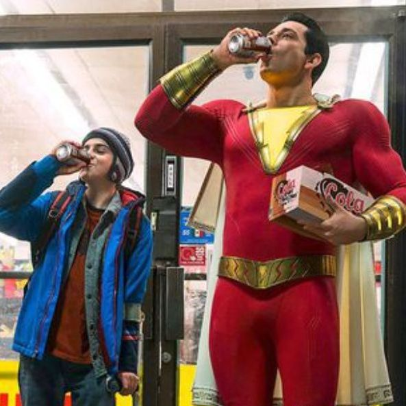 沙贊, Shazam,票房,  中二, 屁孩, 水行俠, 破億, 超級英雄
