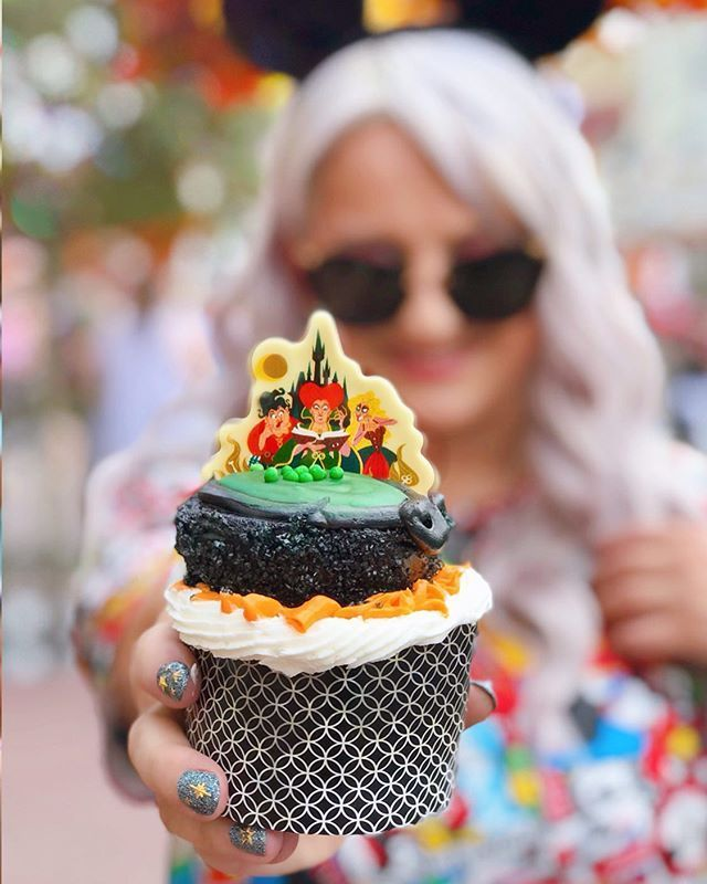 Disney Is Selling A Hocus Pocus Cupcake Complete With A Sanderson Sisters Topper