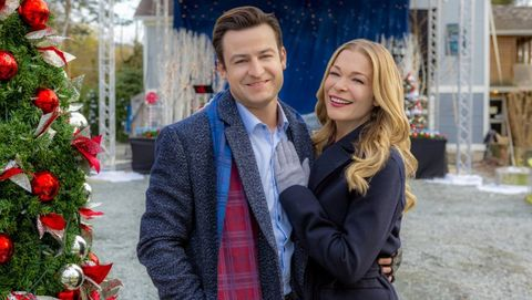 A Majestic Christmas Cast.Hallmark Christmas Movies 2018 Hallmark Holiday Movies