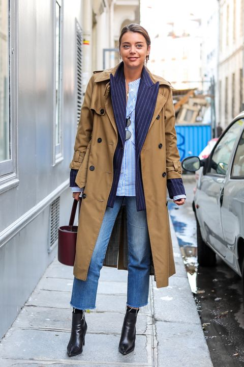 Clothing, Coat, Overcoat, Trench coat, Street fashion, Fashion, Outerwear, Snapshot, Brown, Footwear,