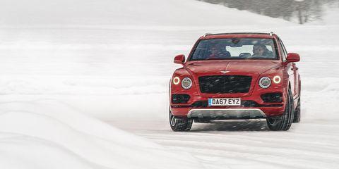Land vehicle, Vehicle, Car, Luxury vehicle, Automotive design, Motor vehicle, Bentley, Performance car, Mid-size car, Personal luxury car,