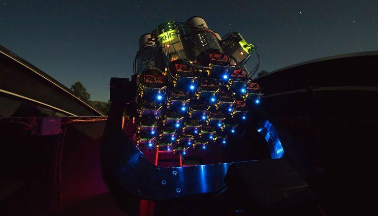 Dragonfly telephoto array telescope