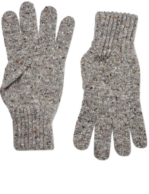 Safety glove, Glove, Personal protective equipment, Sports gear, Wool, Hand, Fashion accessory, Finger, Beige, Sports equipment,