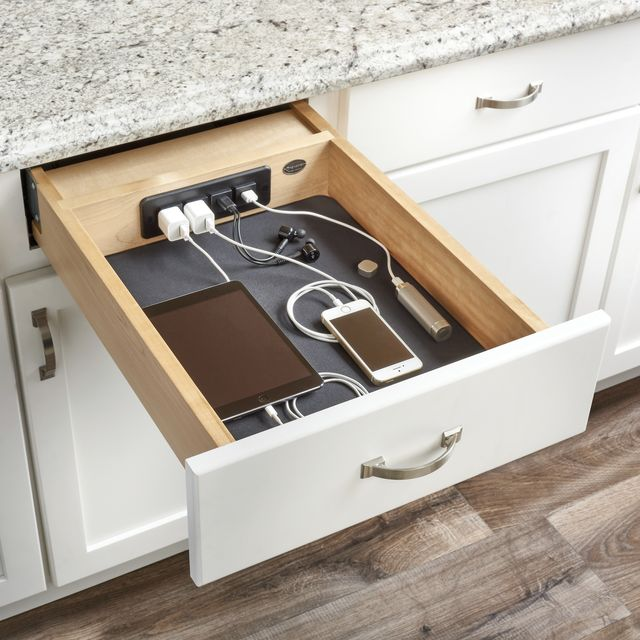 13 Best Kitchen Cabinet Drawers - Clever Ways to Organize ...