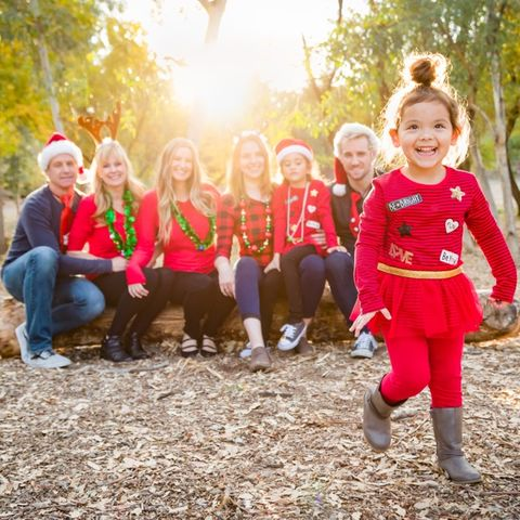 christmas card photo ideas   dressed up family