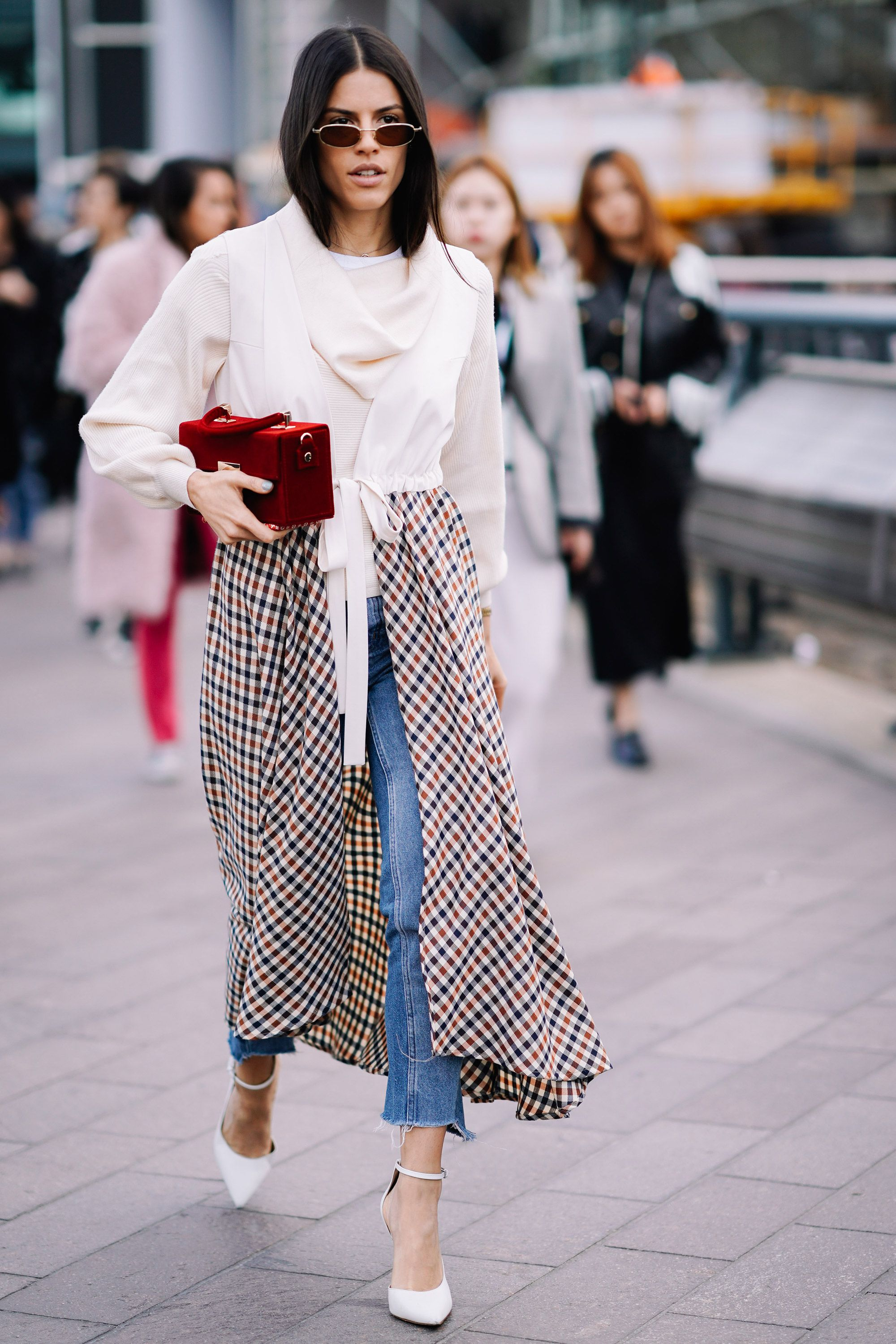 How to wear dresses over jeans \u2013 Styling advice for wearing