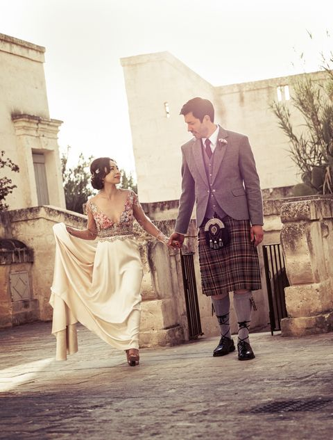 Property Brothers Wedding.Property Brother Drew Scott And Linda Phan S Wedding Photos Are