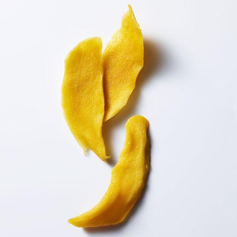 dried mango serving size