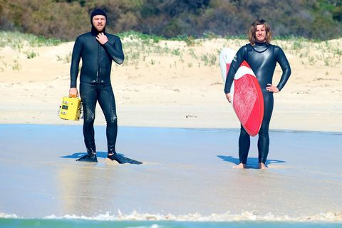 Wetsuit, Surfing, Personal protective equipment, Surfing Equipment, Surfboard, Water, Surface water sports, Bodyboarding, Skimboarding, Fun,