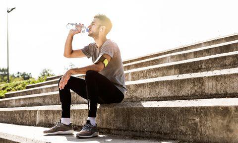 drinken, marathon, zouten, sportdrank, vocht, vochtverlies, koolhydraten