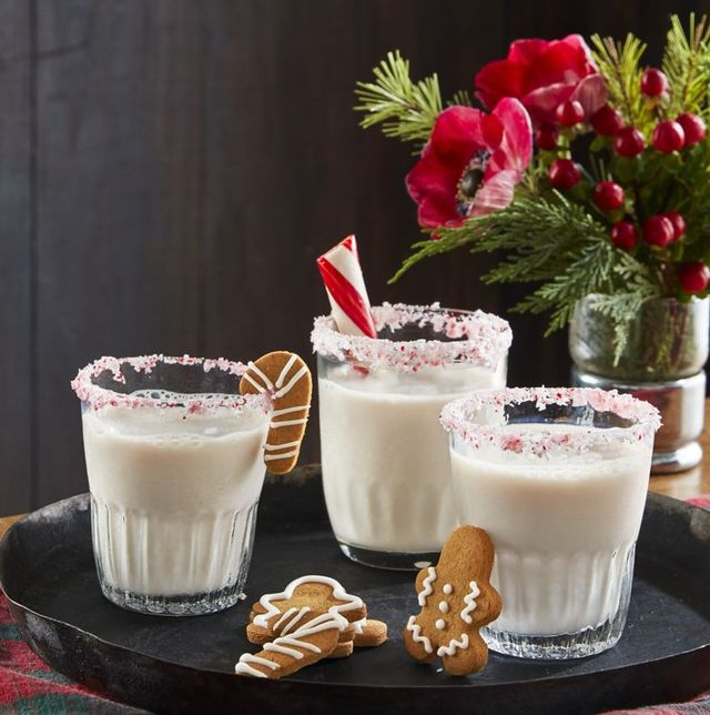 66 Best Christmas Cocktails Christmas Drink Ideas