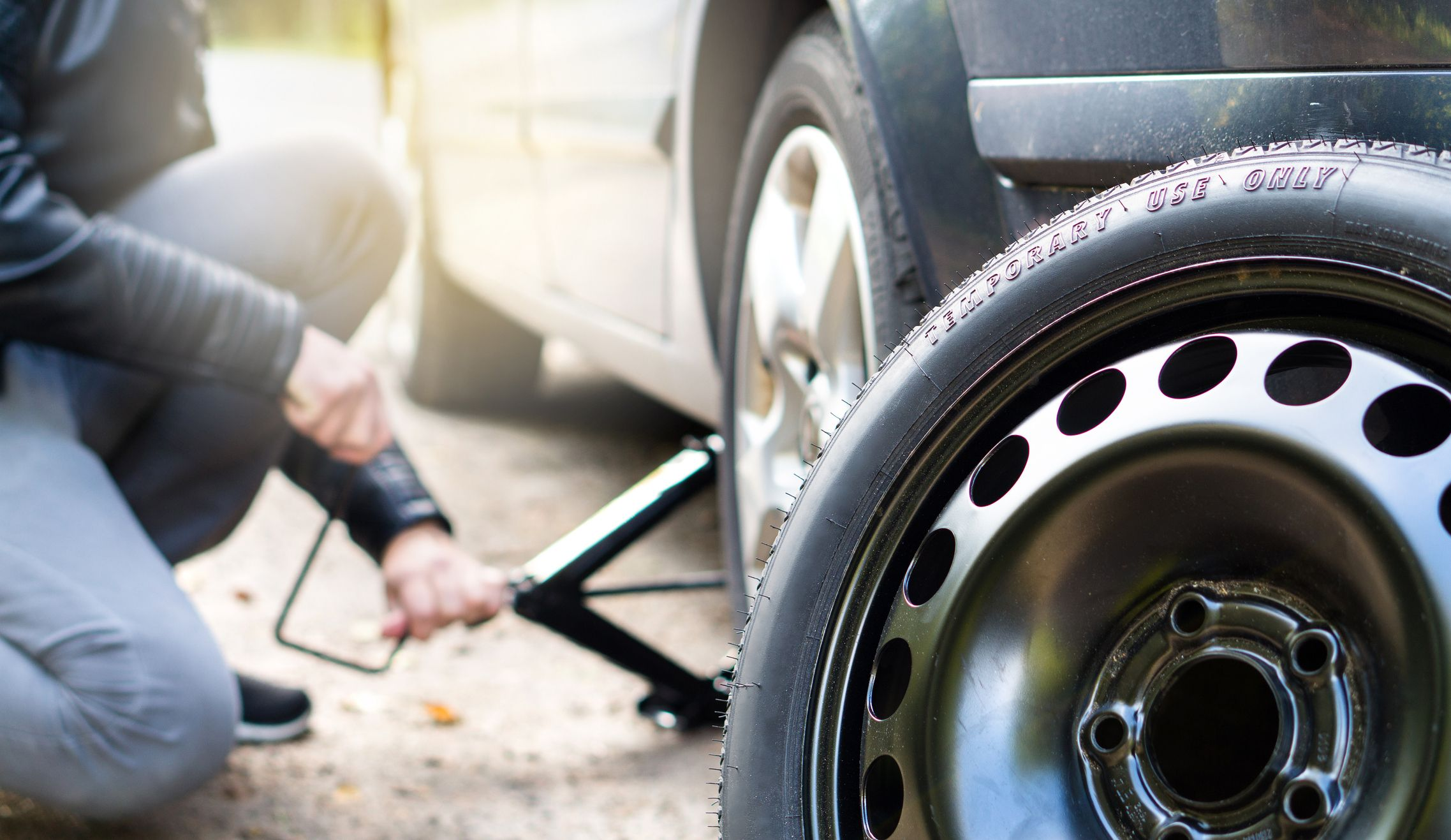 Remove Tire Rubber From Car Paint, How To Change A Flat Tire In 5 Easy Steps, Remove Tire Rubber From Car Paint