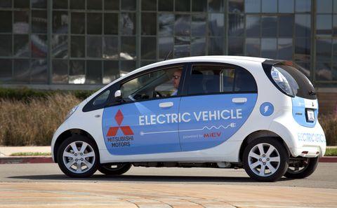 usa  environment electric and plugin vehicles at green expo