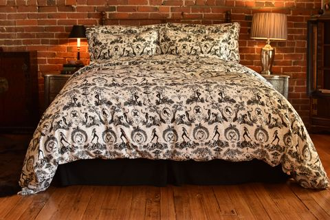 Bedding, Bed sheet, Duvet cover, Bed, Bedroom, Textile, Furniture, Bed frame, Duvet, Brown,