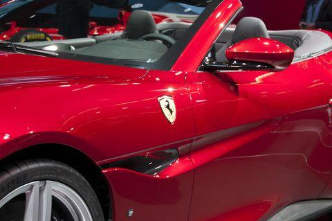 Land vehicle, Vehicle, Car, Sports car, Auto show, Supercar, Automotive design, Luxury vehicle, Performance car, Coupé,
