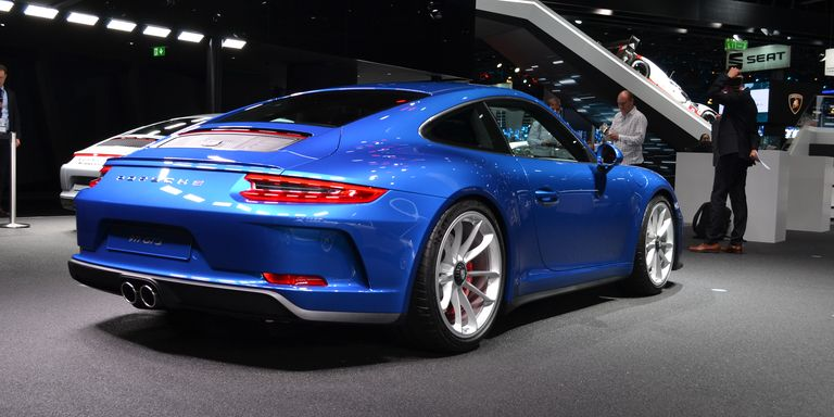 porsche 911 gt3 touring pack revealed manual 911 gt3 for the road. Black Bedroom Furniture Sets. Home Design Ideas
