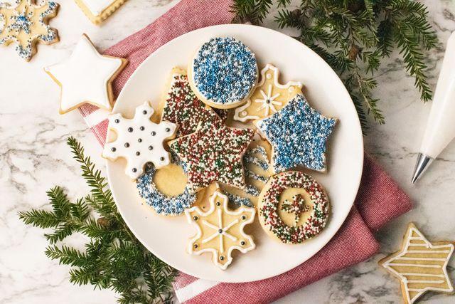 making delicious holiday sugar cookies