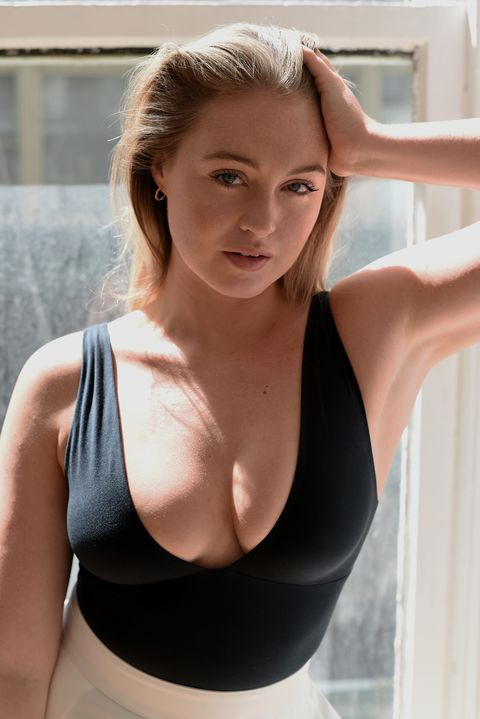 Iskra Lawrence modelling photo's and portfolio