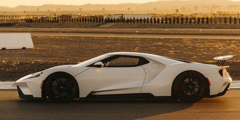 Tire, Wheel, Mode of transport, Automotive design, Vehicle, Transport, Rim, Alloy wheel, Car, Automotive lighting,
