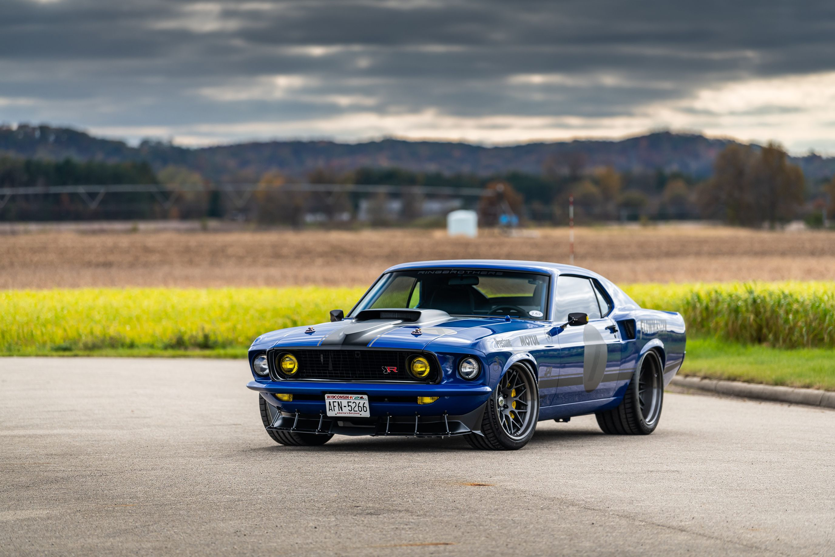 Ringbrothers UNKL Is a 700-HP Mustang Mach 1 With a Whole Lot of Carbon Fiber