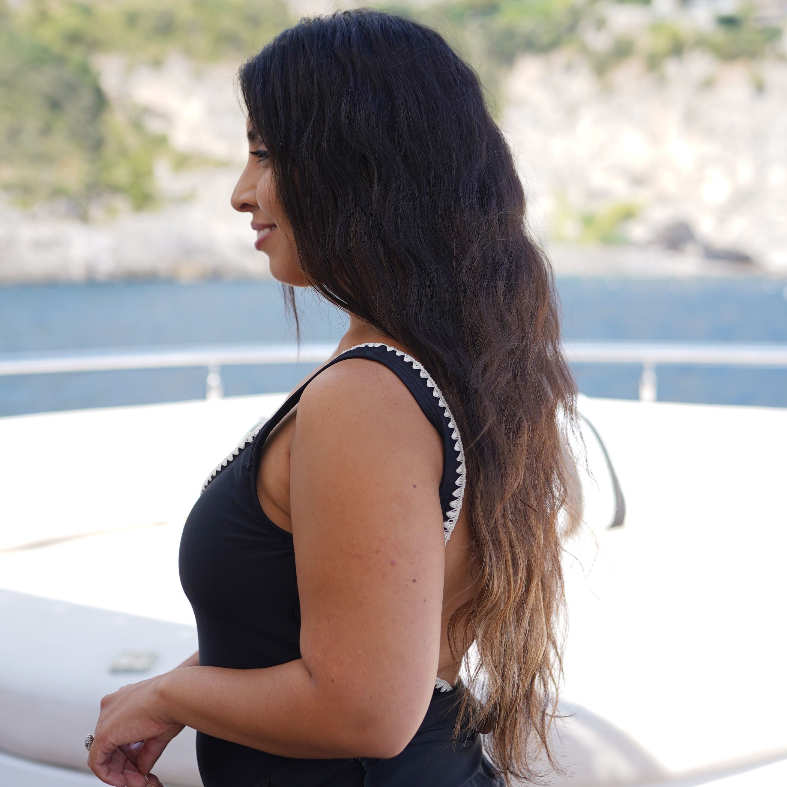 'How I Got Sun-Kissed Highlights Without Damaging My Virgin Hair'