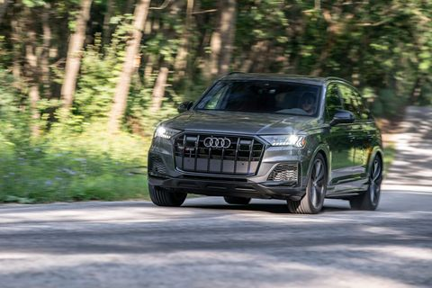 check out the audi sq7 in black