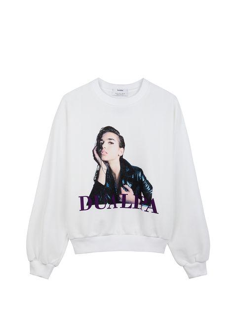White, Clothing, Long-sleeved t-shirt, Sleeve, Sweatshirt, T-shirt, Outerwear, Top, Sweater, Hood,