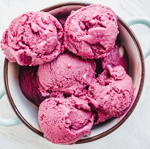 this 5 minute ice cream recipe is the perfect treat for summer