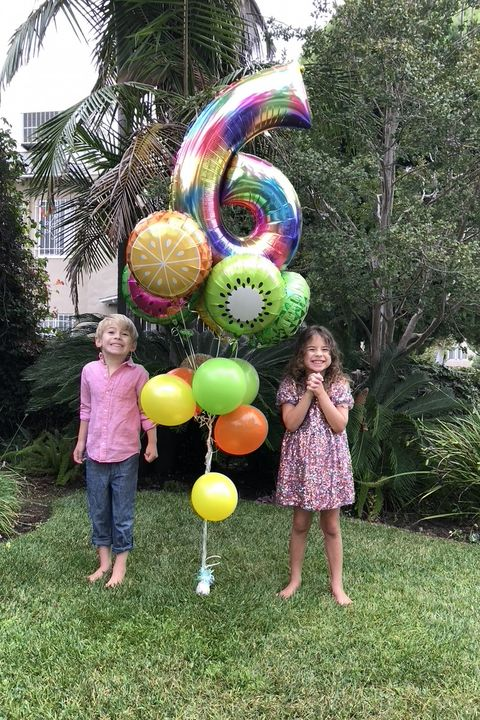6 year old twins celebrating their pandemic birthday