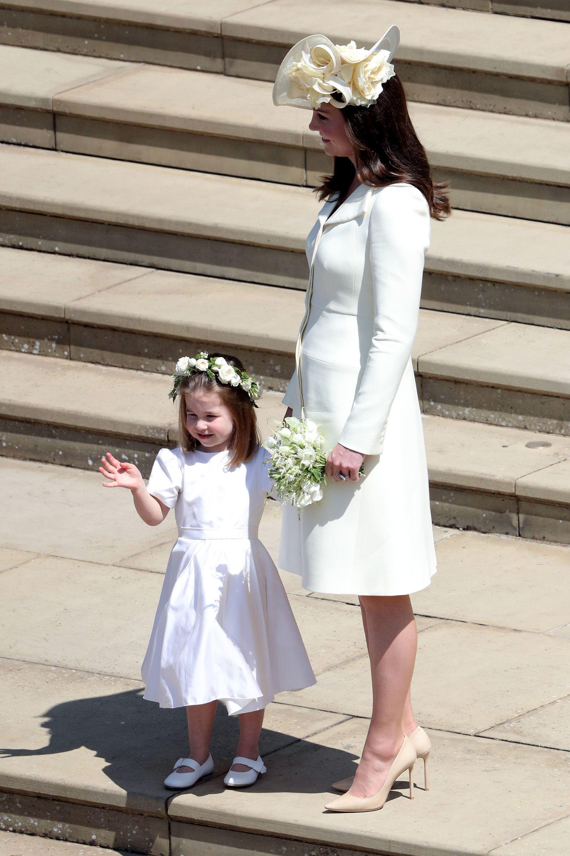https://hips.hearstapps.com/hmg-prod.s3.amazonaws.com/images/duchess-and-charlotte-1526734085.jpg