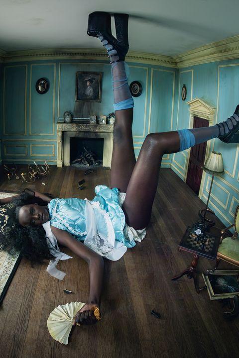 Leg, Room, Fun, Floor, Muscle, Photography, House, Thigh,