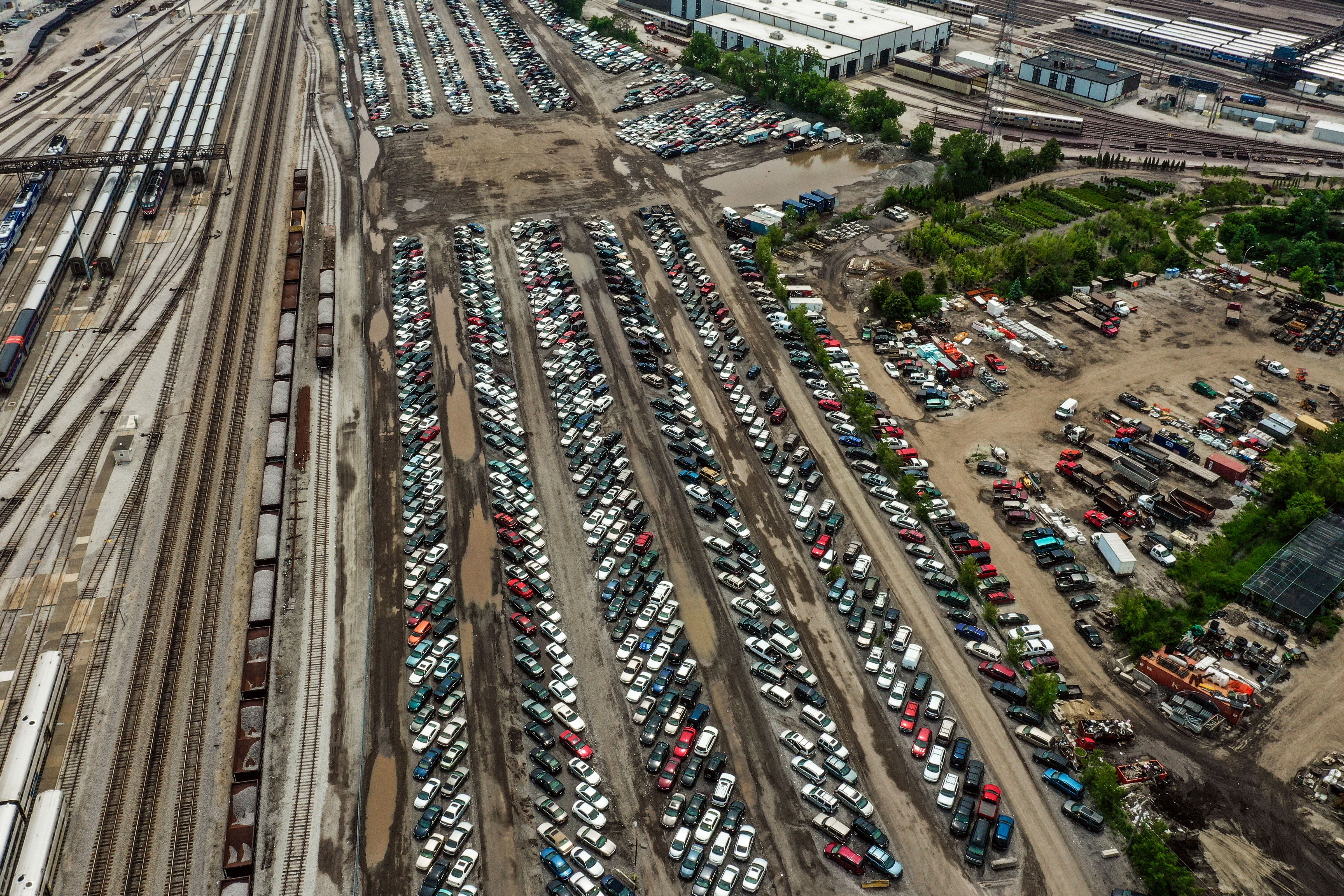 An Inside Look At Chicago S Seedy Car Impound Netherworld