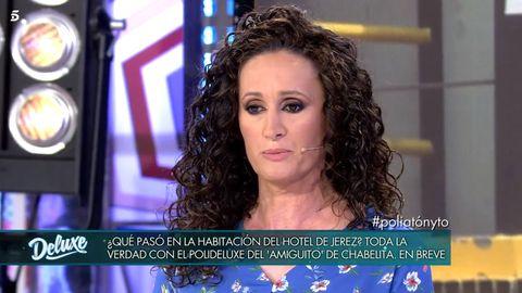 Hair, Hairstyle, Long hair, Forehead, Newscaster, Television presenter, Iris, Newsreader, Ringlet, Black hair,